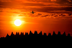 Denver International Airport (Bernie Duhamel) Tags: denverinternationalairport colorado sonyfe100400mm sonya9 frontrange greatphotographers teamsony denver rockymountains bernie duhamel sunshine sun sunrise airport jet airplane sky silhouette