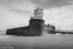 New Brighton -5.jpg (Colin Dorey) Tags: sand coast architecture building structure fort perchrock marinepromenade newbrighton ch45 2ju wirral merseyside mersey water estuary june 2018 summer bw monochrome blackandwhite blackwhite liverpoolbay wallasey