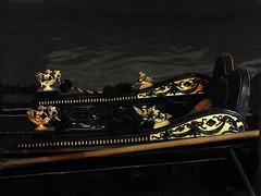 Dark Gondola (Izzy's Curiosity Cabinet) Tags: gondole gondola boat bateau