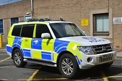 SF14 LGA (S11 AUN) Tags: police scotland mitsubishi shogun 4x4 specialist operations unit fsu firearms support anpr armed response arv roads policing rpu traffic car divisional 999 emergency vehicle edivision sf14lga