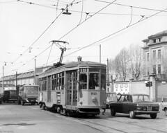 Een obscuur tramlijntje in Baggio (Tim Boric) Tags: milaan milano milan mailand baggio depot deposito remise tram tramway streetcar strassenbahn tranvia atm tipo1928 ventotto peterwitt linea18 viadelleforzearmate 1825