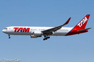 TAM | PT-MOF | Boeing 767-316/ER | YYZ | CYYZ