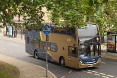 SW 15852 @ Gloucester bus station (ianjpoole) Tags: stagecoach west scania n230ud alexander dennis enviro 400 vx62cxr 15852 working gold route 10 silver close lower tuffey cheltenham promenade