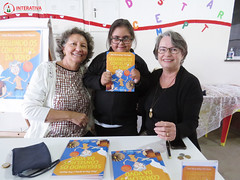 "Visita das autoras Maria Eliza e Nilza Siqueira • <a style=""font-size:0.8em;"" href=""http://www.flickr.com/photos/134435427@N04/27749601017/"" target=""_blank"">View on Flickr</a>"