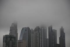 """Niebla en """"La City"""" (Leo Crovetto) Tags: seleccionar fotografosargentinos fotografiaargentina streetphotography street edificios buildings canonistas canon fog niebla city ciudad"""