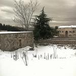 Ferme sur monastère thumbnail