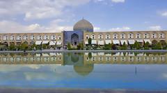 Meidan Emam, Esfahan (peter.velthoen) Tags: sjeiklutfallahmoskee esfahan iran spiegeling hemelbeeld bewolktehemel water plein meidanemam mirror architecture sky clouds explore building reflexion