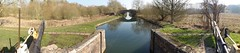 2018 02 24 008 KA mostly panos (Mark Baker.) Tags: 2018 avon baker benham berkshire eu europe february kennet kennetandavon lock mark newbury bridge britain british canal day england english european footbridge gb great kingdom outdoor panorama panoramic photo photograph picsmark rural uk union united view winter