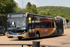 SW 26187 @ Pontypridd bus station (ianjpoole) Tags: stagecoach wales alexander dennis enviro 200mmc yx67uzy 26187 working gold route 130 pontypridd bus station blaenrhondda terminus