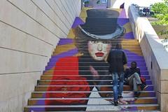 Zag + Sia_8387 rue du Chevaleret Paris 13 (meuh1246) Tags: streetart paris paris13 animaux zag sia rueduchevaleret chapeau chien pitbull