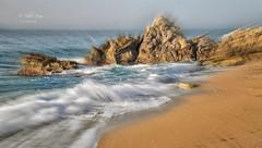 (316/18) Efecto (Pablo Arias) Tags: pabloarias photoshop photomatix capturenxd españa cielo nubes arena playa mar agua mediterráneo losestudiantes villajoyosa roca efecto zoom alicante