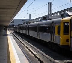 (htzk_sbrn aka JZR) Tags: trena comboio marrak linhas caisdosodré tren ferrocarril train cp lisboa