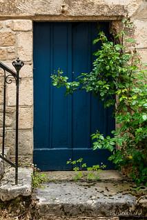 La porte inutilisée / the unused door