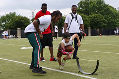 "2018-tdddf-football-camp (207) • <a style=""font-size:0.8em;"" href=""http://www.flickr.com/photos/158886553@N02/40615552750/"" target=""_blank"">View on Flickr</a>"