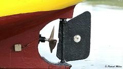 Low tide (patrick_milan) Tags: portsall porsall low tide maree basse ship boat fishing yellow black sea water mer ocean