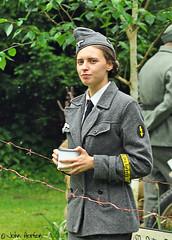 Ironbridge 1940's Gala (2018) 013 (Row 17) Tags: england shropshire ironbridge people reenactment reenactor reenactors candid portrait nikon d90 uniform uniforms woman women 1940s