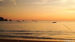 Andaman Orange time (Lцdо\/іс [Offline, on holiday]) Tags: aonang thailande thailand thailandia thai thaïlande thalandia asia asian asie gold golden orange time hour lцdоіс krabi travel mer sea ocean voyage boat vacance vacation
