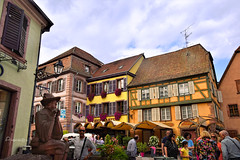 Ribeauvillé (Anavicor) Tags: edificio cielo gente tourist ribeauvillé alsacia francia france nikon d5300 tamron anavicor anavillar villarana