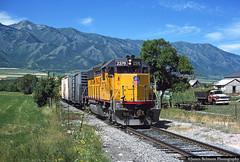 All is Well in Wellsville (jamesbelmont) Tags: railway cachevalleylocal cachevalley wellsville utah mendonmountains emd gp392 mkt