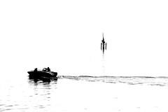 000504 (la_imagen) Tags: sw bw blackandwhite siyahbeyaz monochrome bodensee laimagen lakeconstanze lagodiconstanza lagodeconstanza friedrichshafen silhouette siluet