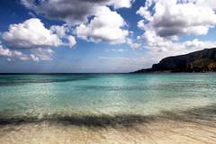 Spiaggia e mare a Mondello (Gina.Di) Tags: mare mondello palermo sicilia sicily italia