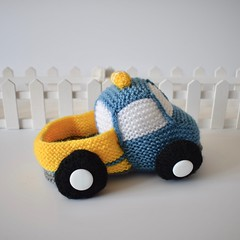 Toy Truck (Knitting patterns by Amanda Berry) Tags: truck toys toy trucks lorry lorries van vans amanda berry fluff fuzz knit knits knitted knitter knitters knitting raveller crafting