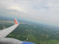 Leaving Pittsburgh (jimmywayne) Tags: pittsburgh pennsylvania alleghenycounty pit airpor airport swa airplane