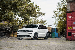 Jeep SRT Velgen Wheels VMB5 Gloss Black (VelgenWheels) Tags: velgenwheels velgen vmb5 srt jeepsrt mopar glossblack lowered michigan rolling brembo jeepcherokee cherokeesrt 22 newfinish detriot google bing yahoo