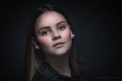 Isa (Passie13(Ines van Megen-Thijssen)) Tags: isa sturdioshoot portrait portret girl canon netherlands inesvanmegen inesvanmegenthijssen bestportraitsaoi