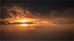 Sunset . (:: Blende 22 ::) Tags: germany german deutschland thuringia thüringen eichsfeld landkreis eic heilbadheiligenstadt heiligenstadt sunset sonnenstrahlen sonnenuntergang sonne sun clouds cloudy canoneos5dmarkiv sky himmel licht light ef70200mmf4lisusm