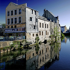 Harfleur, France (pom'.) Tags: 100 river lalézarde communautédagglomérationhavraise may 2018 seinemaritime 76 normandie france poissonnerie panasonicdmctz101 lehavre europeanunion 104 harfleur poissonneriedes104 200 300 400 5000 500