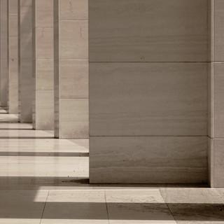 Marmorea solitudine. Marble solitude (monocromo/monochrome)