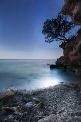 Une nuit à St Cyr (Q.Sabourin) Tags: plage poselongue seascape sea mer blue night stars etoiles nuit colors sky photography landscape longexposure canon