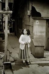 memories 629 (soyokazeojisan) Tags: japan osaka city street girl monochrome konica c35 38mm trix film analog memories 昭和 1970s 1975