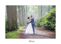 in love (Zino2009 (bob van den berg)) Tags: love couple newlywed wedding bruiloft hochzeit light licht nebel rain weather forest incredible perfect man woman white male groom bride happy nature natural mist moisture conditions present embrace flower path wijhe inlove lovely moment