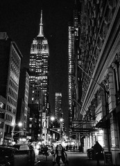 A New York Night (Cell Phone Photography) (kimgoodwin614) Tags: newyork nyc empirestatebuilding