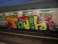 898 (en-ri) Tags: touch pevs crew 18 2018 nero rosso verde arancione giallo train torino graffiti writing