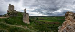 Calatañazor. Junto al Castillo (dnieper) Tags: castillo campos calatañazor soria spain españa panorámica