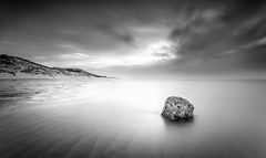 rock on ice (juhwie.foto - PROJECT: LEIDENSCHAFT-LICH-T) Tags: norden longexposure blackandwhite blackwhite monochrome simple rocks clouds sky bech coast nordsee north sea sylt hörnum schleswigholstein germany madeingermany beautifulgermany tides lowtide pentax pentaxart ricohimaging k haida haidafilters fineart smooth ice