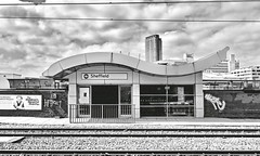 sheffield (Harry Halibut) Tags: 2018©andrewpettigrew allrightsreserved imagesofsheffieldimagessheffieldarchitecture sheffieldbuildings contrastbysoftwarelaziness noiretblanc blackwhite blancoynegro blanc weiss noire schwatz bw zwart wit bianco nero branco preto sheffield station supertram tram rails wires cabls electric ballast entrance city lofts hallam university owen building graffiti streetart wall midland railway trains tracks sheff1804146984 south park