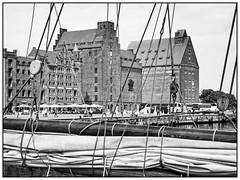 Stralsund, port (unukorno) Tags: stralsund mecklenburgvorpommern deutschland port hafen buildings ship monochrome sw bw blackwhite frame