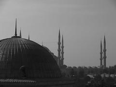 'Sultanahmet' (Istanbul) (Steve Hobson) Tags: sultanahmet istanbul minaret mosque camii