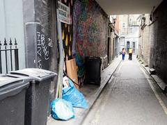 20180612T10-37-08Z-_6123210 (fitzrovialitter) Tags: england fitzrovia gbr geo:lat=5151790600 geo:lon=013598000 geotagged unitedkingdom westendward peterfoster fitzrovialitter rubbish litter dumping flytipping trash garbage urban street environment london streetphotography documentary authenticstreet reportage photojournalism editorial captureone littergram exiftool olympusem1markii mzuiko 1240mmpro city ultragpslogger geosetter minder