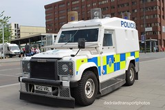 Merseyside police (anthonymurphy5) Tags: police landrover pangolin merseysidepolice wg12vrl liverpoolcitycentre 260518 policevehicles outside