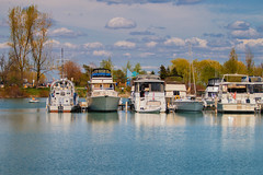 (A Great Capture) Tags: bluffer'spark scarborough spring lake boats lakeontario marina agreatcapture agc wwwagreatcapturecom adjm ash2276 ashleylduffus ald mobilejay jamesmitchell toronto on ontario canada canadian photographer northamerica torontoexplore springtime printemps 2018 weather eos digital dslr lens canon 70d natur nature naturaleza natura naturephotography naturethroughthelens scenery scenic sky himmel ciel overcast cloudy waterscape wet water agua eau reflection mirror glass reflections tree clouds boat