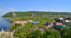 Overlook at Morkvashi (МирославСтаменов) Tags: russia zhiguli zhigulevsk morkvashi volga overlook ridge mountain hill cottage greenery slope