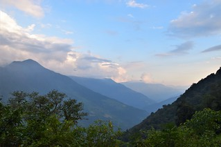 1 On the road to Paro/late afternoon