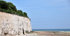 DSC_4851 (Thomas Cogley) Tags: broadstairs seaside sea front seafront beach cliff chalk shore