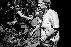 Images inn the run... (Sean Bodin images) Tags: streetphotography streetlife seanbodin streetportrait everydaylife enhyldesttilhverdagen copenhagen citylife candid citypeople city children woman