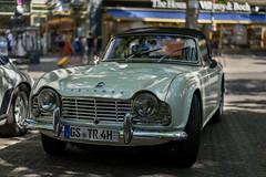 Triumph TR4 (Berlin-Knipser) Tags: classicdays classicdaysberlin classicdaysberlin2018 berlin charlottenburg kurfürstendamm deutschland germany automobil oldtimer classiccars sonya7ii sel55f18z